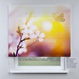 Римская штора Бабочка и цветущая яблоня